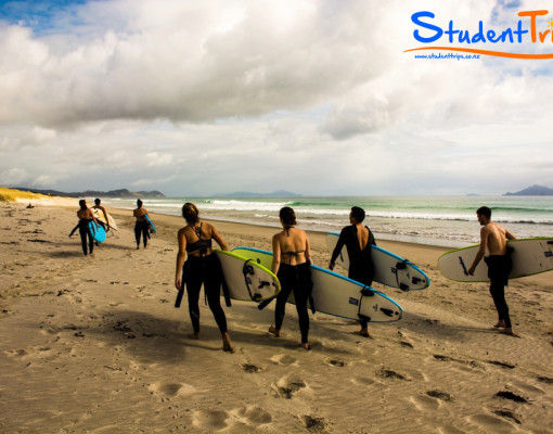 Surf-Lesson-Student-Trips-New-Zealand-02