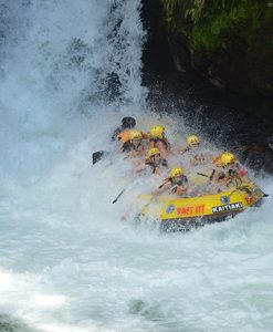 White-Water-Rafting-Waterfall