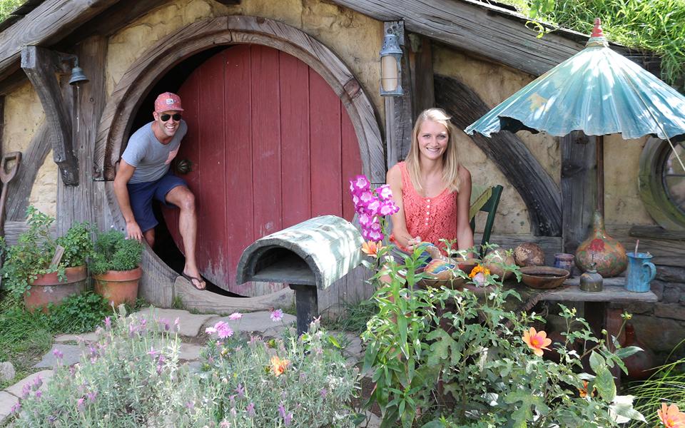 hobbiton-student-trips-new-zealand-1