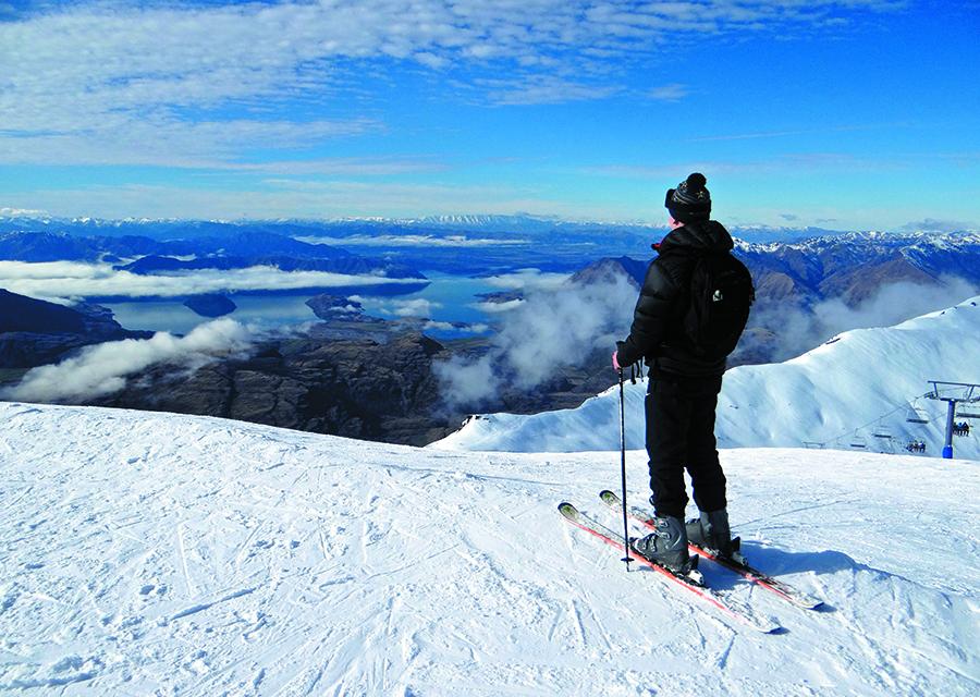 Snowboard-&-Ski-Weekend-Student-Trips-New-Zealand-01