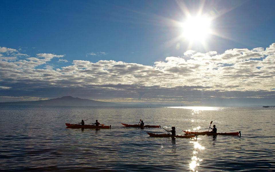 sunset-kayak-student-trips-new-zealand-1